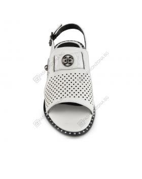 Бели дамски ежедневни сандали Lilyana в online магазин Fashionzona