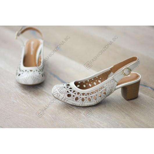 Бежови дамски ежедневни сандали Samira