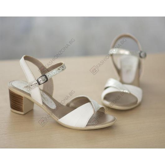 Бежови дамски елегантни сандали Lawanda