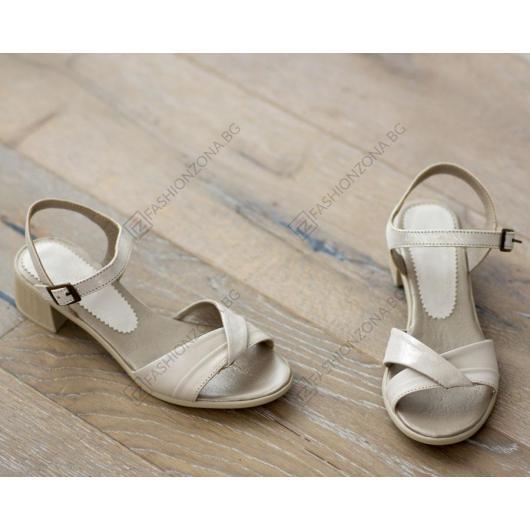 Бежови дамски ежедневни сандали Athena