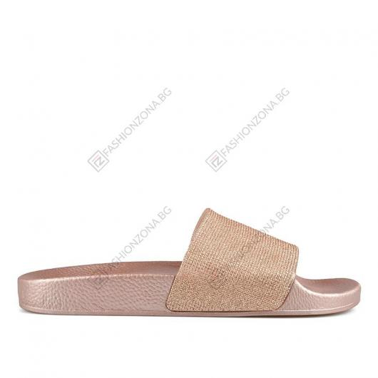 Златисти дамски ежедневни чехли Doris