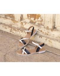 Черни дамски ежедневни сандали Cali в online магазин Fashionzona