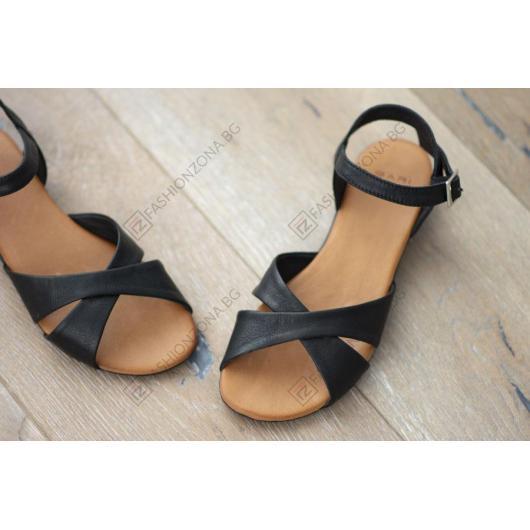 Черни дамски ежедневни сандали Lorelai