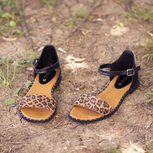 Черни дамски ежедневни сандали Alaia
