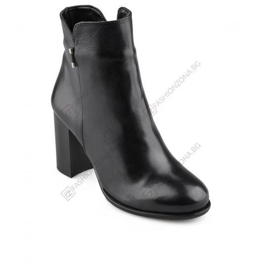 Черни дамски ежедневни боти