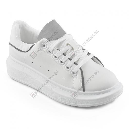 Бели дамски ежедневни обувки Carlene