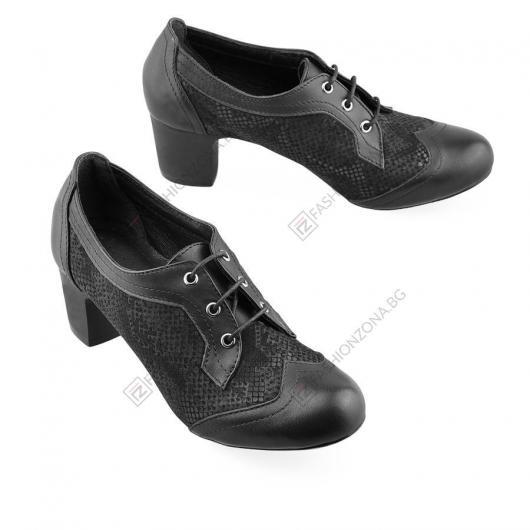 Черни дамски ежедневни обувки Nicole
