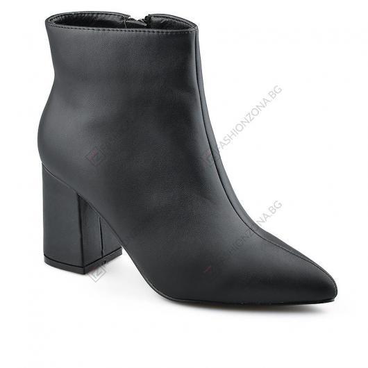 Черни дамски елегантни боти Delia
