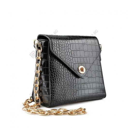 Черна ежедневна дамска чанта Sharlene
