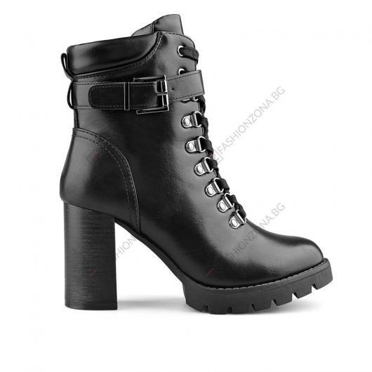 Черни дамски ежедневни боти Sipryan