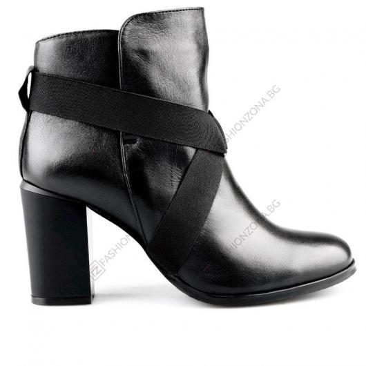 Черни дамски елегантни боти Manuelo