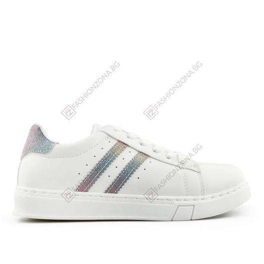 Бели дамски ежедневни обувки Katia