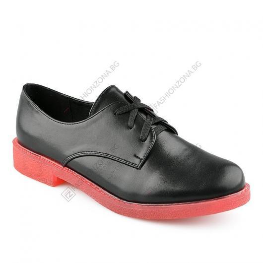 Черни дамски ежедневни обувки Pip