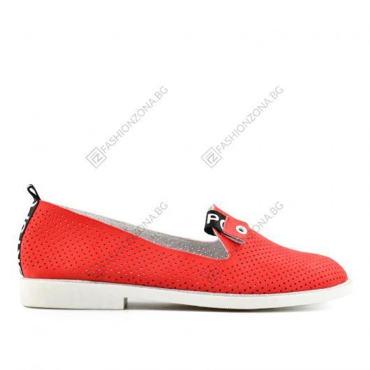 Червени дамски ежедневни обувки Madesto
