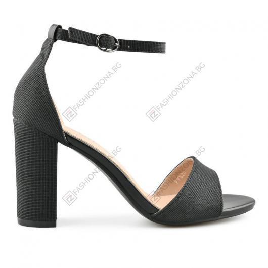 Черни дамски елегантни сандали Xalvador