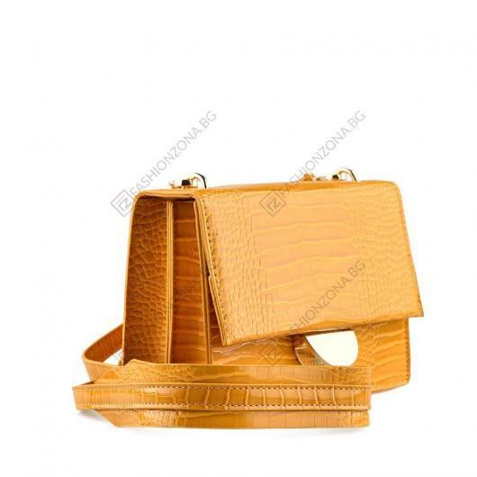 Жълта дамска ежедневна чанта