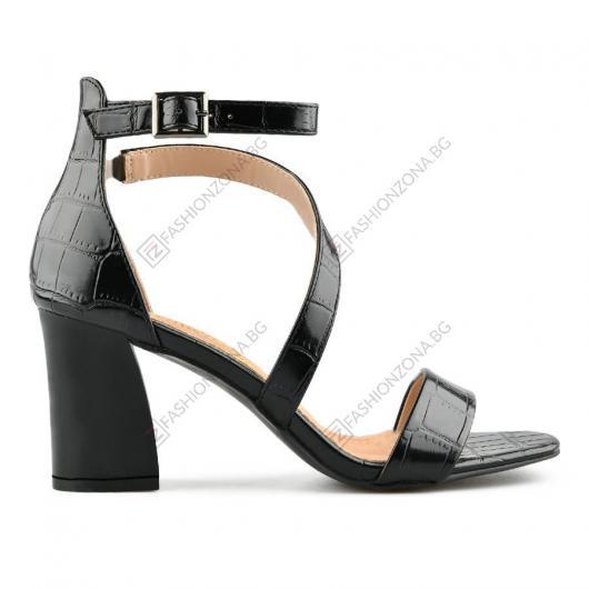 Черни дамски елегантни сандали Antonieta