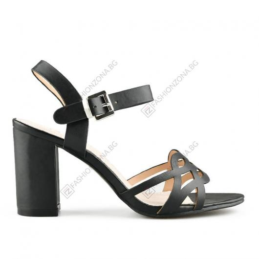 Черни дамски елегантни сандали Bernadina