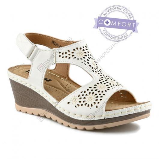 Бели дамски ежедневни сандали Rita