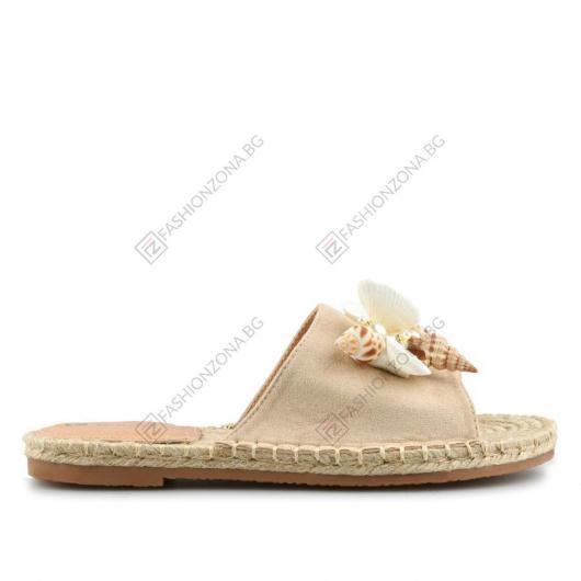 Бежови дамски ежедневни чехли Martes