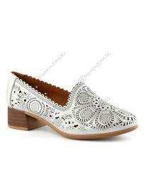 Бели дамски ежедневни обувки Lumina