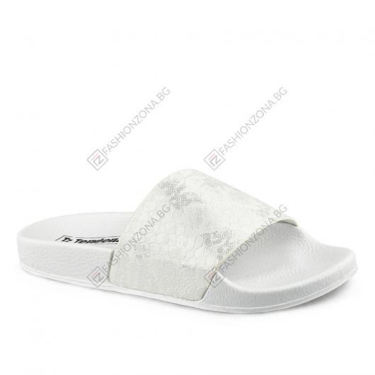 Бели дамски ежедневни чехли Romana