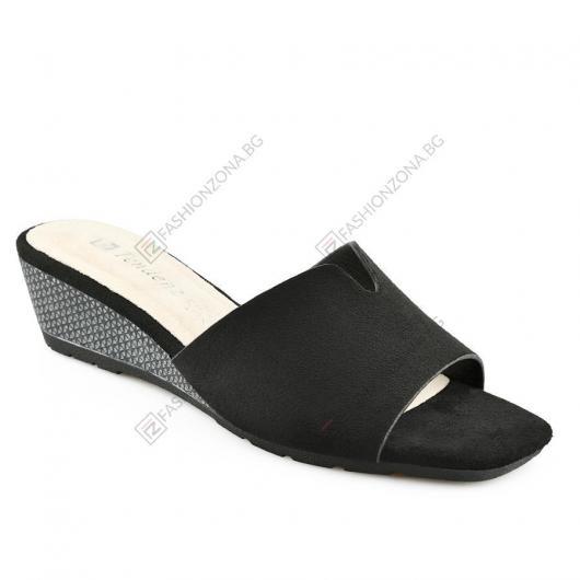 Черни дамски ежедневни чехли Diega