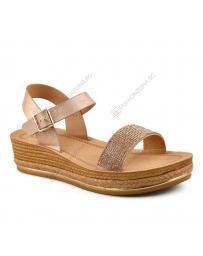 Златисти дамски ежедневни сандали Estera
