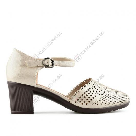 Бежови дамски ежедневни сандали Ovidia