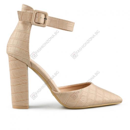 Бежови дамски елегантни сандали Loretta