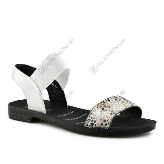 Бели дамски ежедневни сандали Adelasia
