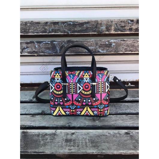 Черна дамска ежедневна чанта Azahara