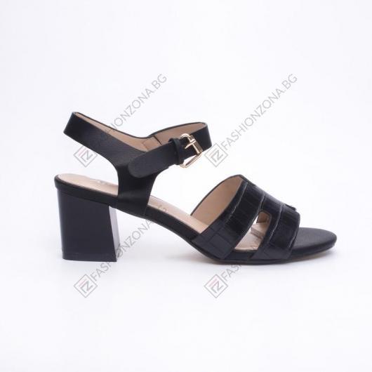 Черни дамски ежедневни сандали Luana