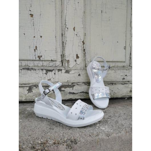 Бели дамски ежедневни сандали Belia
