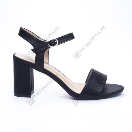 Черни дамски елегантни сандали Mesa