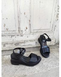 Черни дамски ежедневни сандали Placidia