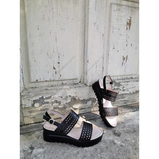 Черни дамски ежедневни сандали Leonita