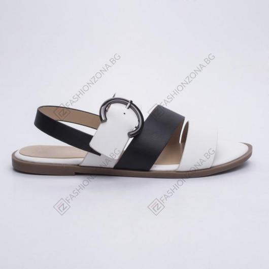 Черни дамски ежедневни сандали Viridiana