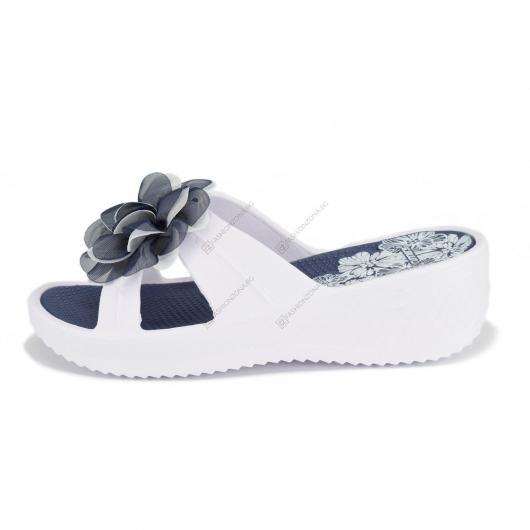 Бели дамски ежедневни чехли Teresa