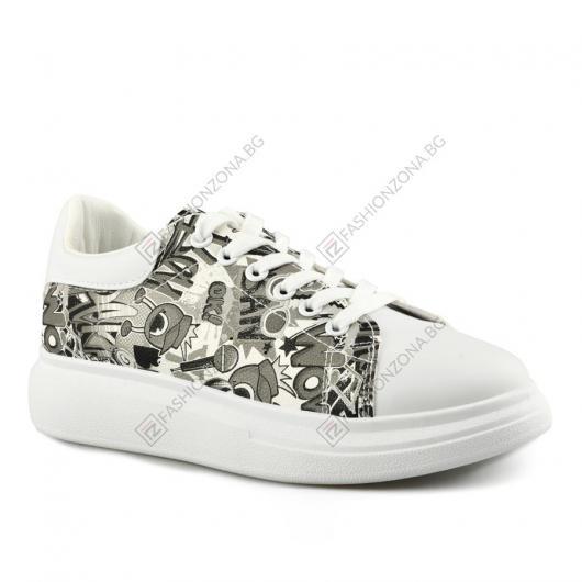 Бели дамскиежедневни обувки Emeraldina
