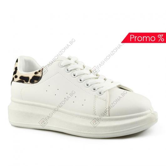 Бели дамски ежедневни обувки Nieves