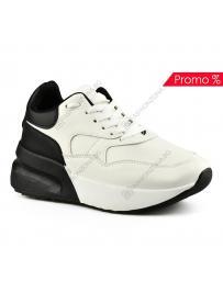 Бели дамски ежедневни обувки Donatella
