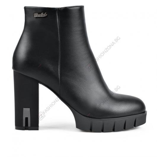 Черни дамски елегантни боти Dina