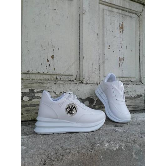 Бели дамски ежедневни обувки Salvadora