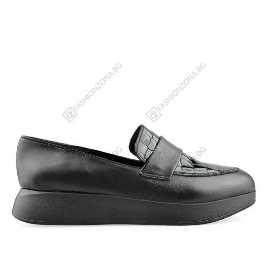 Черни дамски ежедневни обувки Lioria