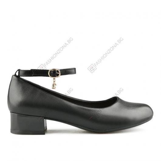 Черни дамски ежедневни обувки Hertha