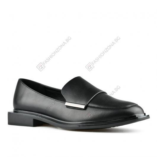 Черни дамски ежедневни обувки Stien