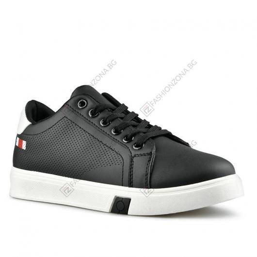 Черни дамски ежедневни обувки Silke