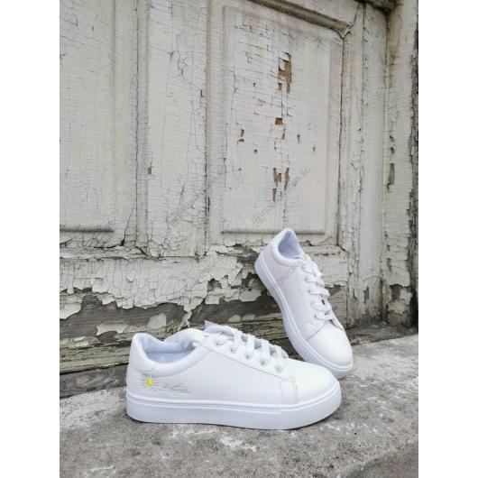 Бели дамски ежедневни обувки Apinya