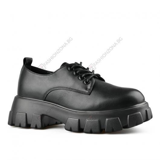 Черни дамски ежедневни обувки Inna